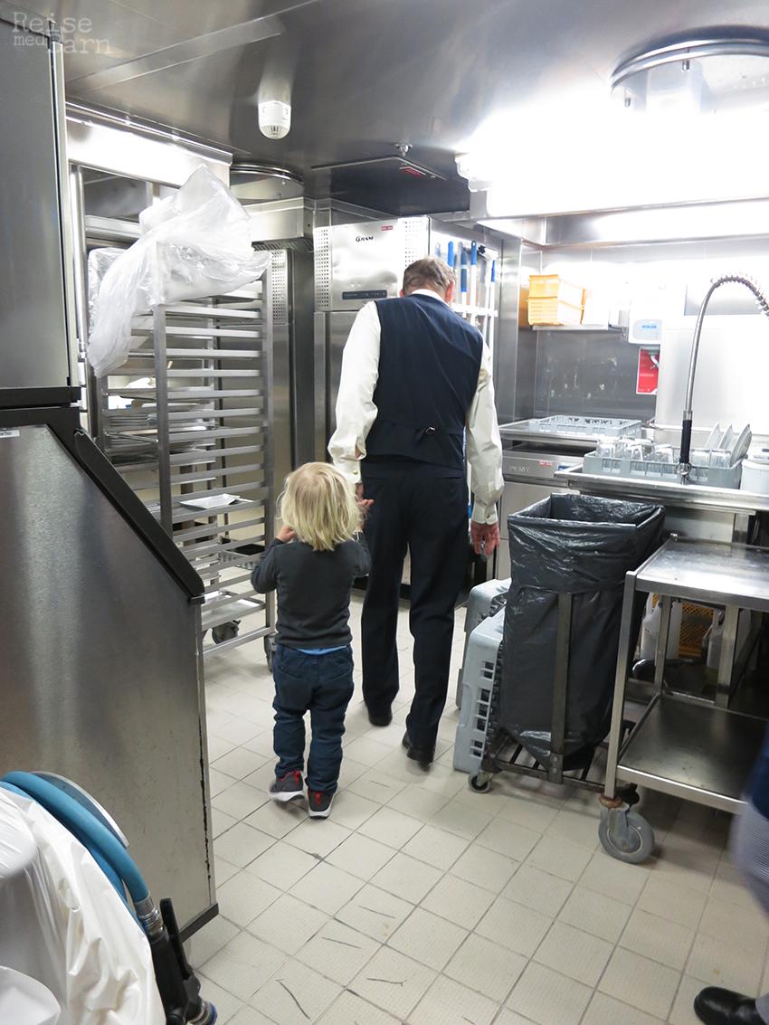 Omvisning på kjøkkenet